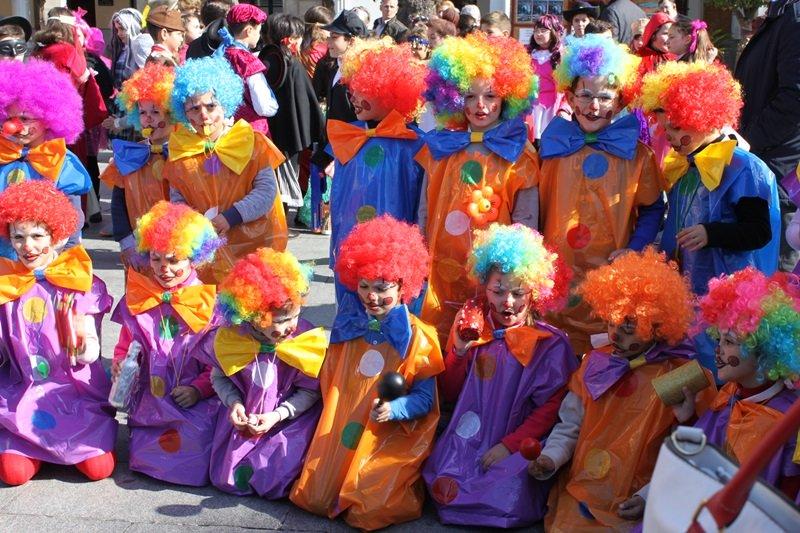 Unos 2.000 alumnos han participado en el Desfile Escolar de Carnaval