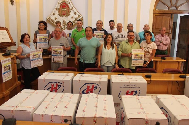 Veinticinco asociaciones de vecinos reciben lotes de juegos de mesa