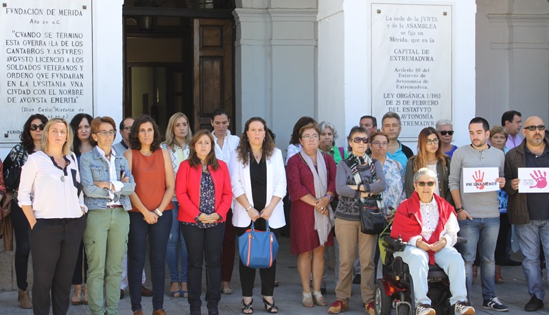 La Delegación de Igualdad de Género convoca un minuto de silencio por el asesinato de una mujer en Valencia