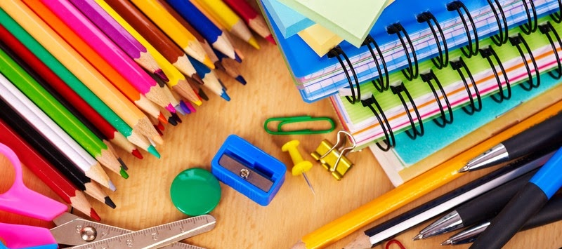 El Ayuntamiento reparte esta semana a más de 2.000 escolares de Infantil y Primaria material escolar