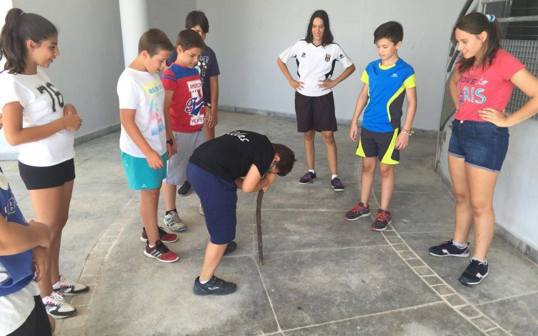 Los campamentos del colegio Cervantes y Museo del Agua comenzaron ayer sus actividades