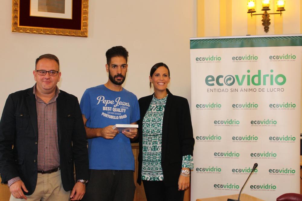 Ecovidrio premia a las dos casetas de la Feria de Septiembre que más reciclaron