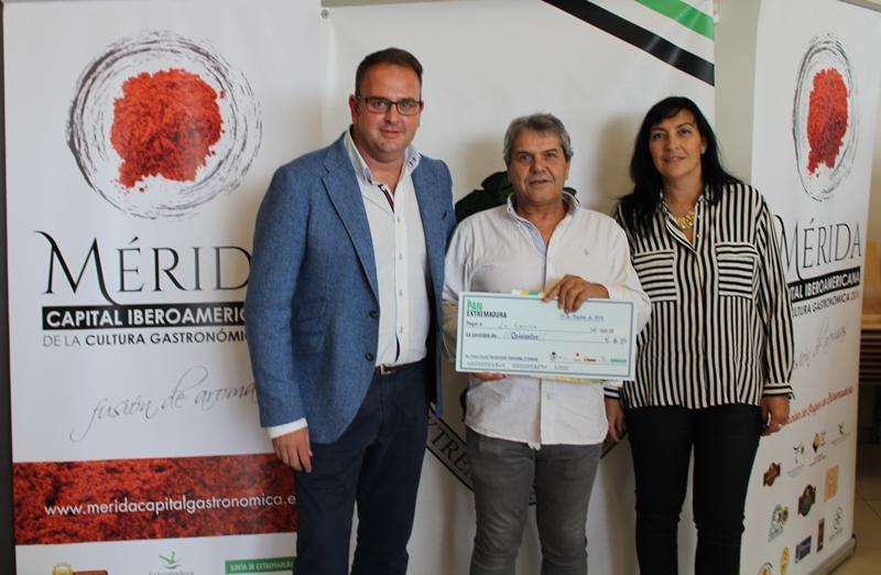 El horno La ermita, de Hornachos, gana el concurso de divulgación de pan artesano tradicional