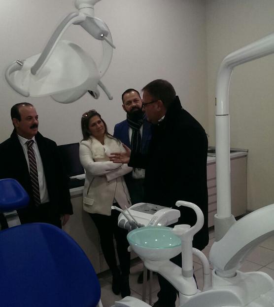 El alcalde visita las nuevas instalaciones de la Clínica San Blas