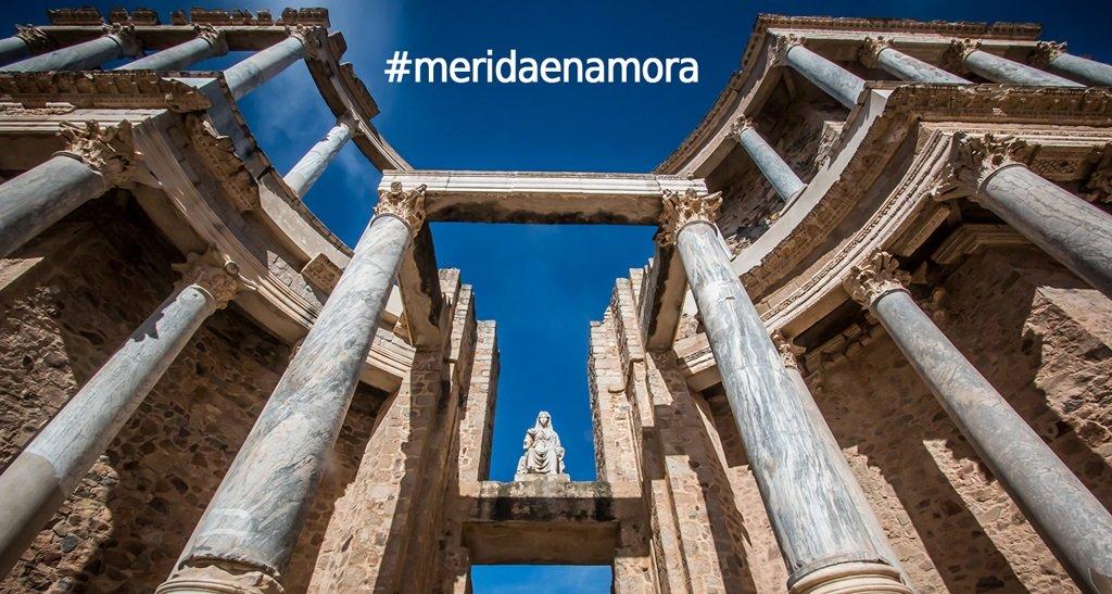 El Ayuntamiento convoca un concurso para simbolizar el #meridaenamora como imagen