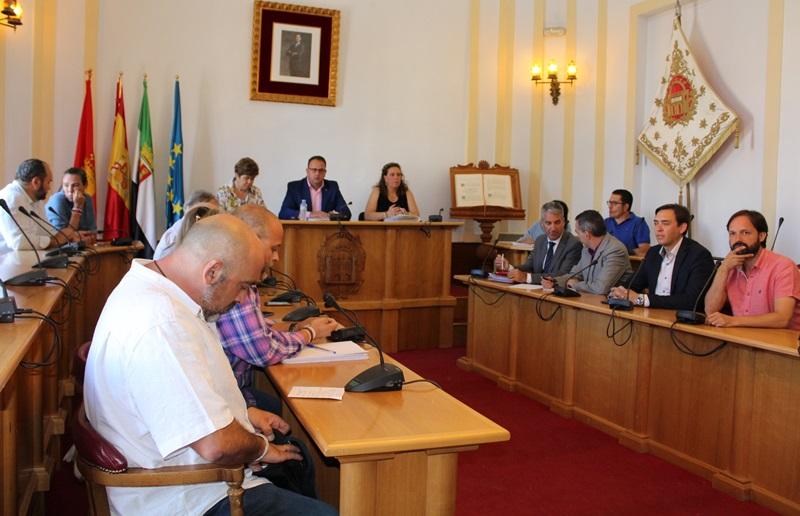 Los portavoces municipales conocen de primera mano el proyecto de la empresa azucarera para instalarse en Mérida