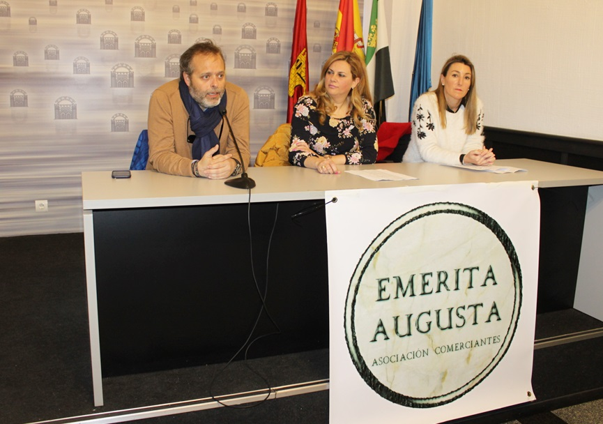 """La Asociación de Comerciantes """"Emérita Augusta"""" organiza el outlet hasta el próximo domingo"""