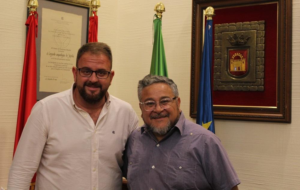 Alcaldes de Mérida y Quilicura