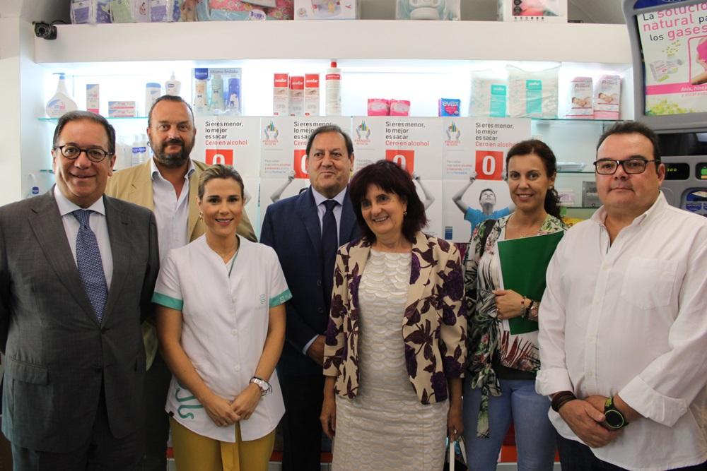 El Ayuntamiento se suma a la campaña de prevención de consumo de alcohol en menores con las  farmacias de Extremadura