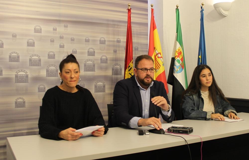 Batallón Perruno inicia una campaña de sensibilización para adopciones en el Centro Zoosanitario