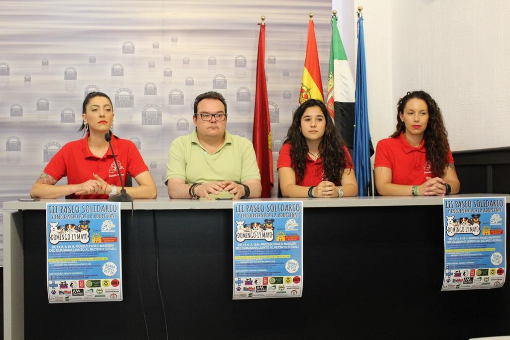 El Batallón Perruno celebra este domingo el III Paseo Solidario y Encuentro por la Adopción