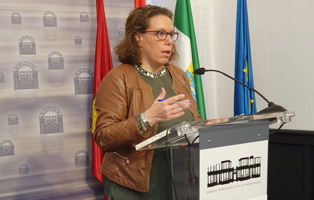 Carmen-Yañez-en-rueda-de-prensa2