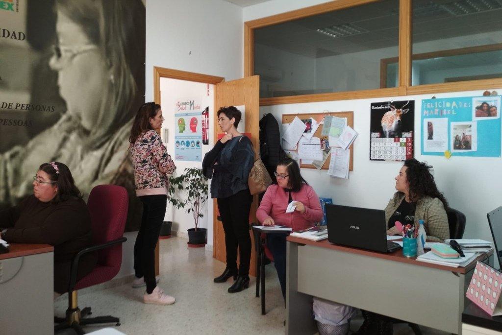 La delegada de Diversidad Funcional visita el Centro de las Capacidades en Montealto