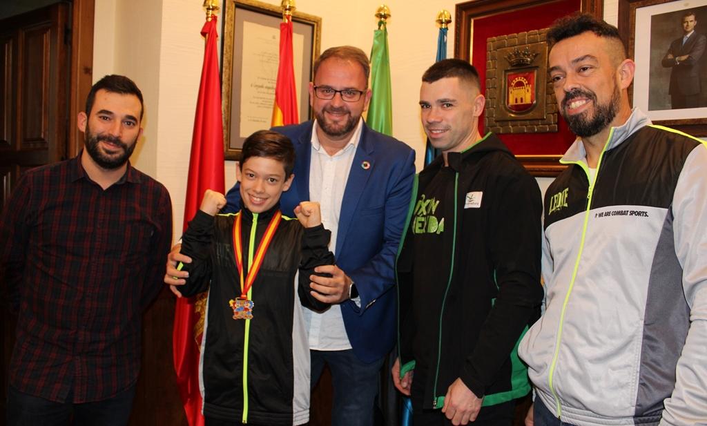 El boxeador emeritense, Hugo Bravo, medalla de plata en los campeonatos de Boxeo en edad escolar