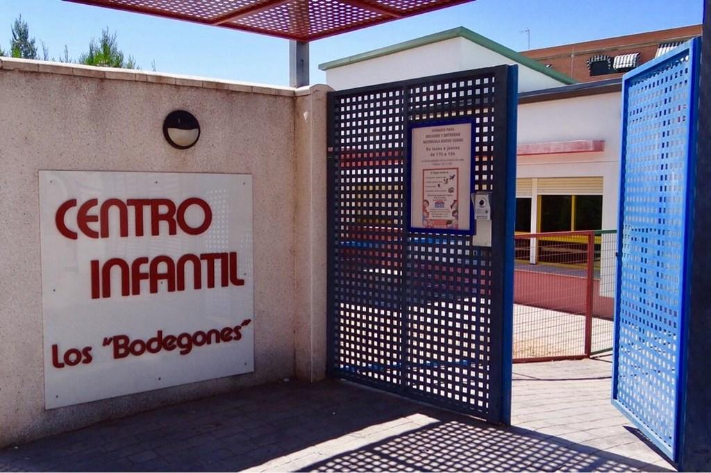 El Ayuntamiento y la Junta tramitan la prórroga por diez años más la cesión de la Escuela Infantil de Los Bodegones