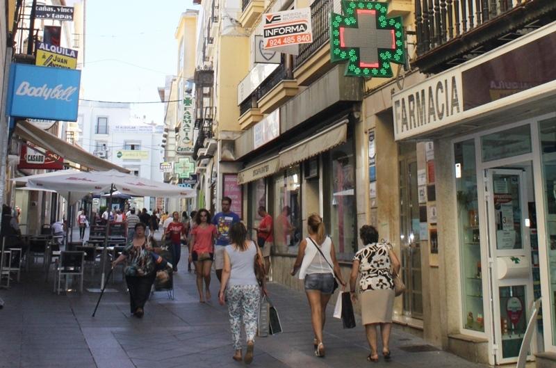 Comercio prevé la ampliación del microclima y del hilo musical, entoldado de calles y renovación del mobiliario en las calles del centro histórico