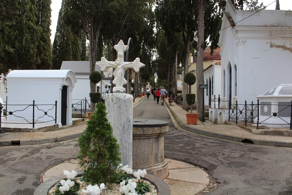 cementerio04