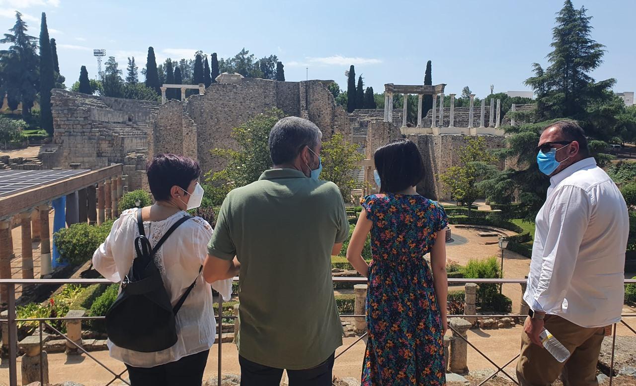 visita-alcalde-teatro