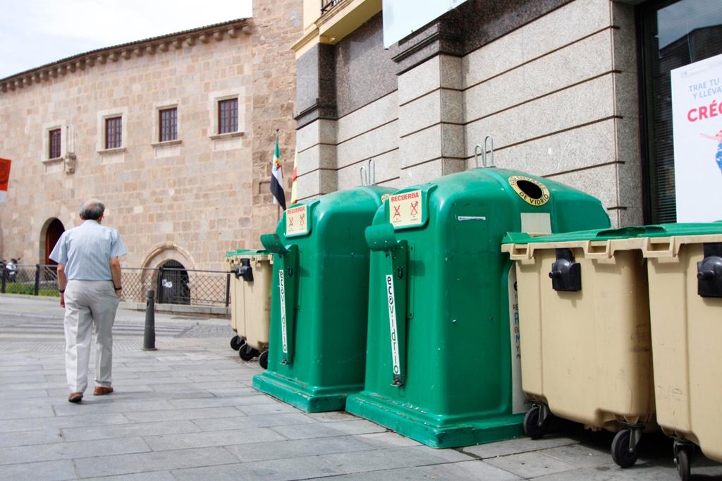 Contenedores de basura plaza de España