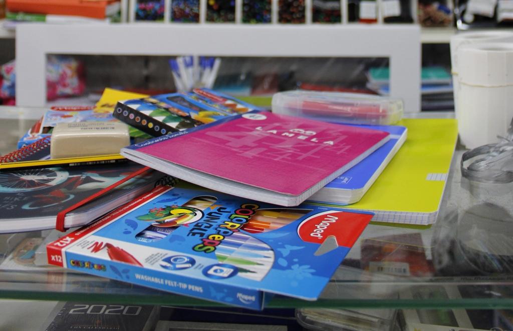 material escolar, ayudas, libreria, 62A