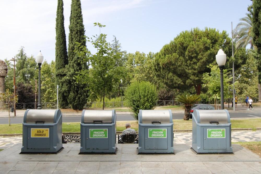 Contenedores recogida residuos