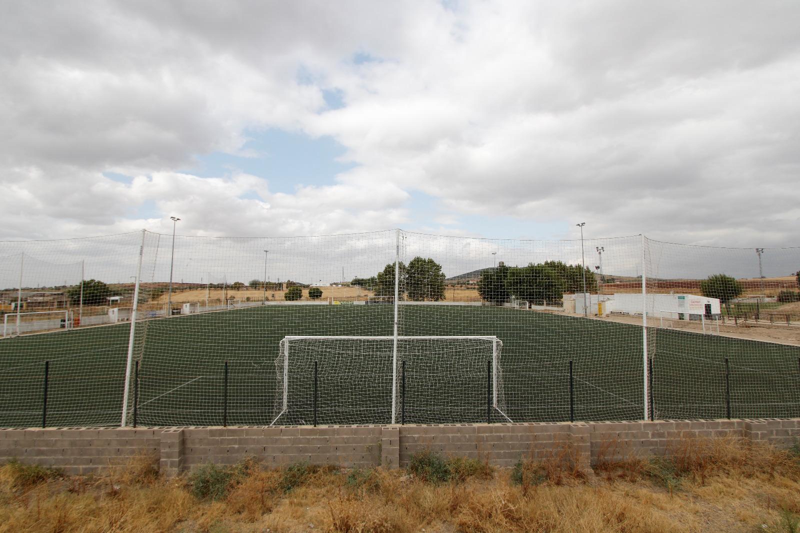 Los campos 'Miguel Patón' contarán con nuevo césped artificial y diversas mejoras