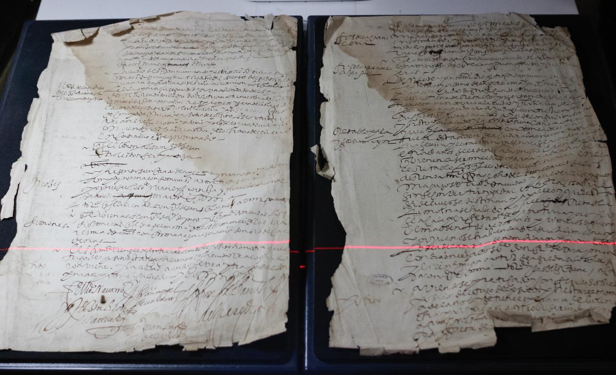Escaneo de documentos en Archivo Histórico