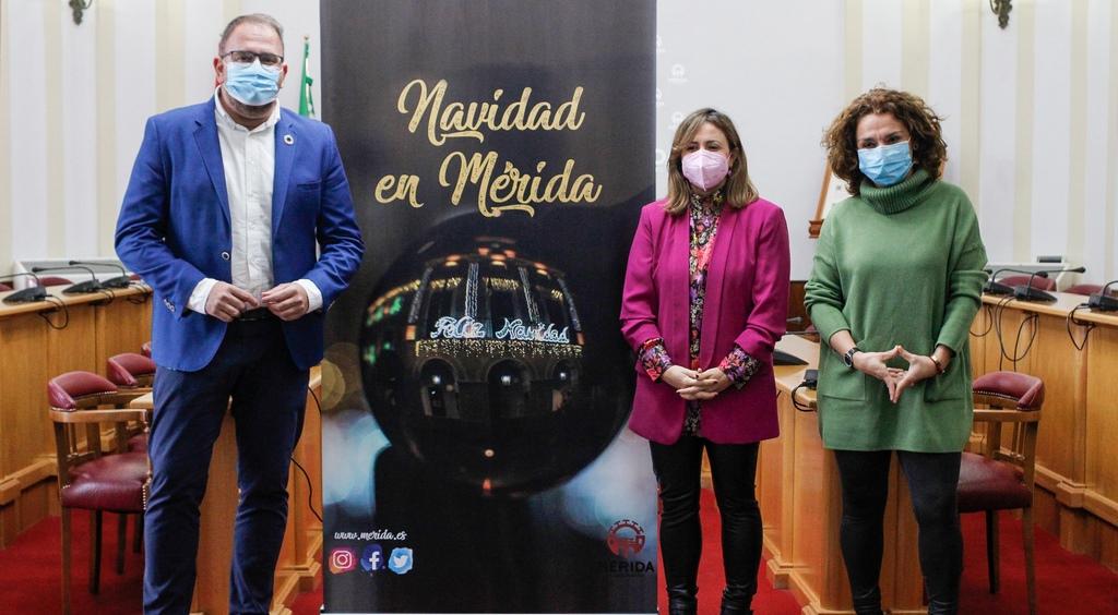 """El encendido, esta noche, de la iluminación extraordinaria marca el inicio del programa """"Navidad en Mérida"""""""
