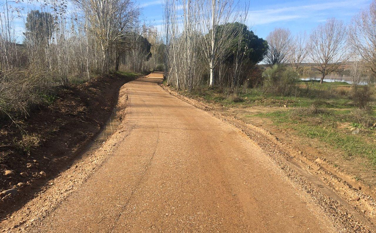 Finalizadas las obras de adecuación del carril bici desde la Urbanización El Prado hasta el Albergue Juvenil