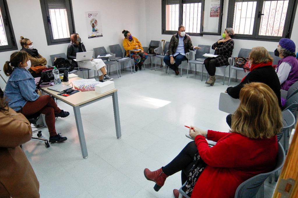 el alcalde se reúne con el Consejo Local de las Mujeres (1)