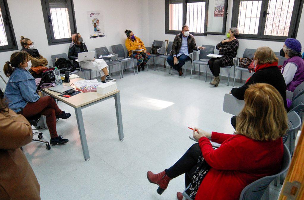 El Ayuntamiento estudiará una batería de ayudas expresas para mujeres en situación de vulnerabilidad