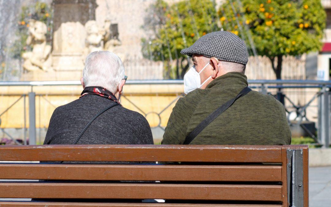 Ayuntamiento y Sepad diseñan un programa piloto para acompañar a los mayores en situación de soledad no deseada