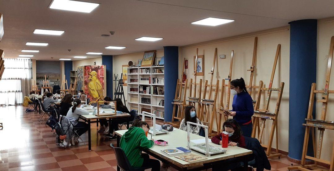 Los talleres de pintura e ilustración se inician con dos grupos de alumnos