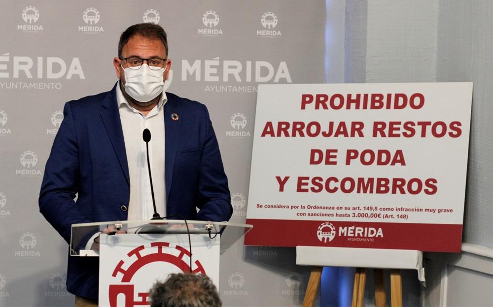 Rodríguez Osuna anuncia iniciativas encaminadas a advertir y endurecer las sanciones y medidas de sensibilización para el depósito de los residuos