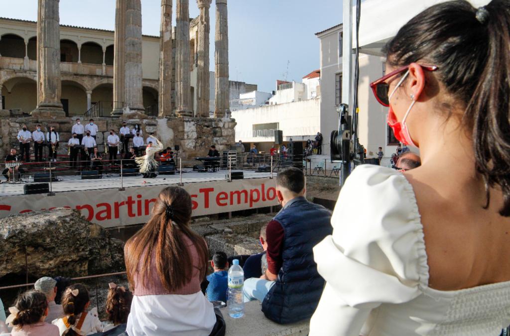 """El ayuntamiento agradece a Junta de Cofradías y hermandades la organización de eventos y anuncia que varias actividades """"han llegado para quedarse"""""""