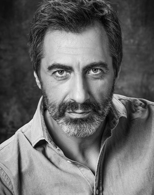 """Juan del Val presenta """"Delparaíso"""" dentro de la amplia programación para hoy de la Feria del Libro"""