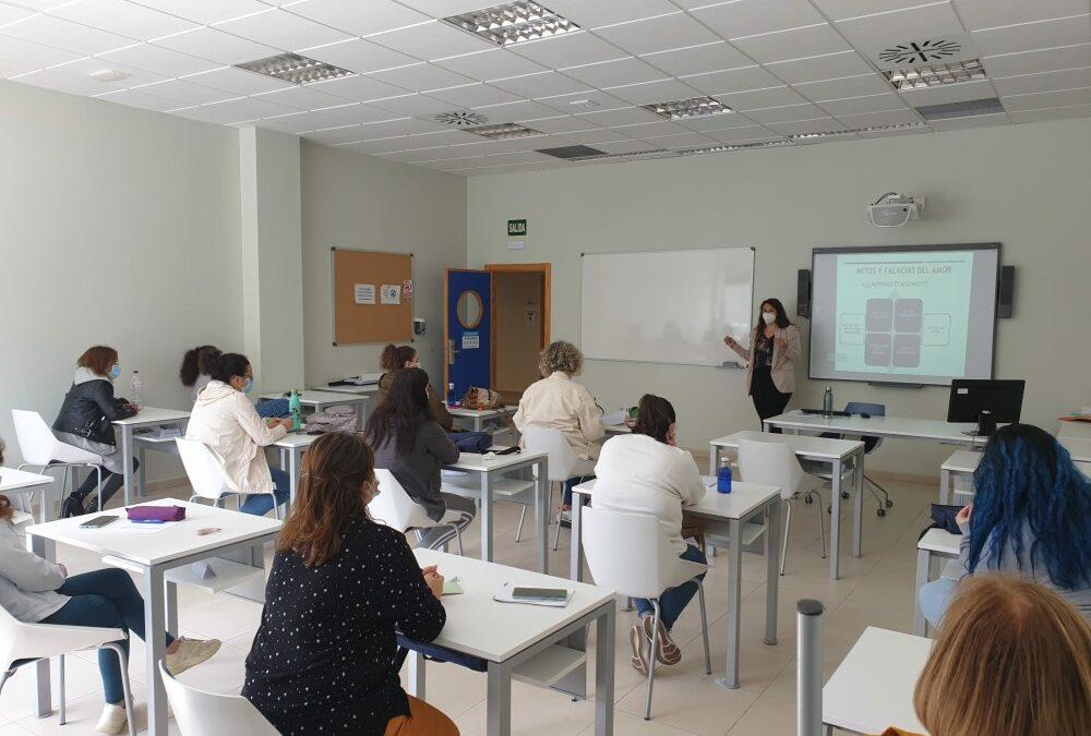 La delegación de Igualdad de Género ha desarrollado talleres de sensibilización con alumnos y alumnas de la Escuela de Hostelería