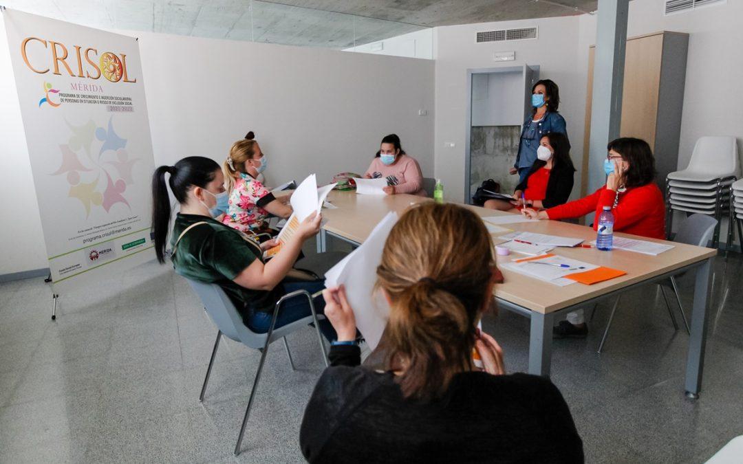 El Programa Crisol comienza sus talleres y tutorías presenciales para diseñar itinerarios de inserción laboral