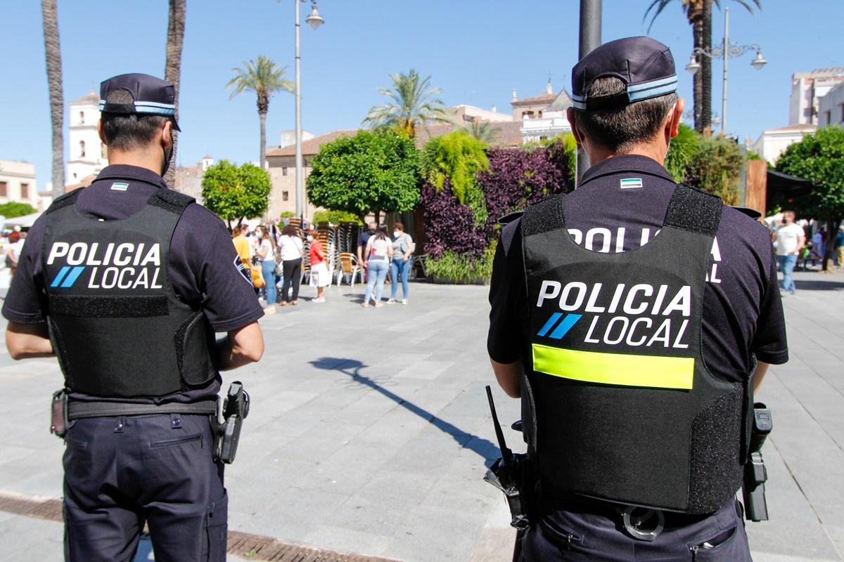 Policías locales de Mérida