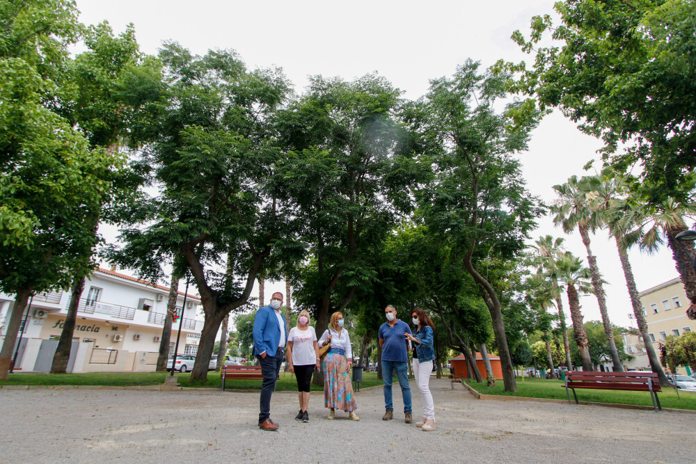 Finaliza la remodelación y rehabilitación del parque de la barriada de Cruzcampo y San Antonio