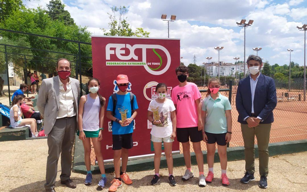 Alumnos de la Escuela Municipal de Tenis participan en la Fase Autonómica de los Judex