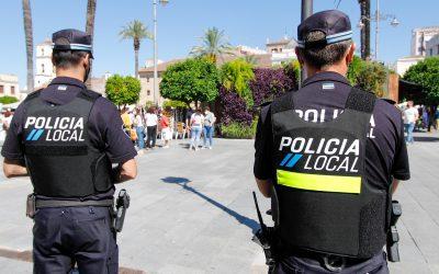 La Policía Local denunció la semana pasada a una persona por arrojar ripios y a otra por falsificar placas de matrícula