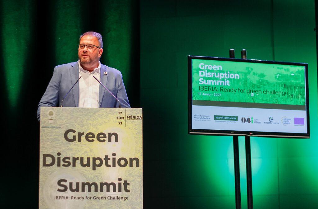 El alcalde de Mérida inaugura el congreso que trabaja en definir el destino de los fondos europeos de la nueva economía verde y circular