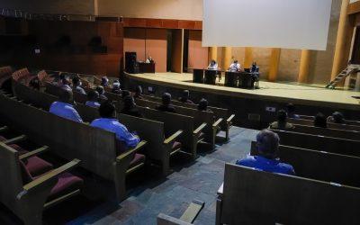 El alcalde y la delegada de Urbanismo explican el nuevo Plan General de Ordenación Urbana a asociaciones, colectivos y colegios profesionales
