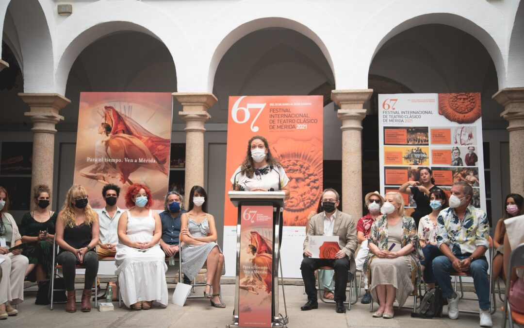 """Carmen Yañez tilda de """"magnífica"""" la 67 edición del Festival de Teatro en la presentación de la última obra"""