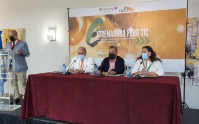 La portavoz municipal inaugura el Extremadura Foro TIC que supone una importante acción para las nuevas oportunidades de Empleo